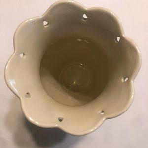 """LENOX American by Design Perfect Petals Medium Vase 10"""" NIB Cream Gold Cut-Outs"""